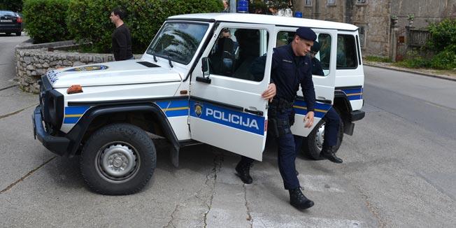 polici